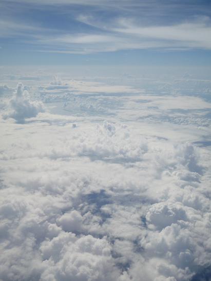 16お約束の沖縄上空2.jpg