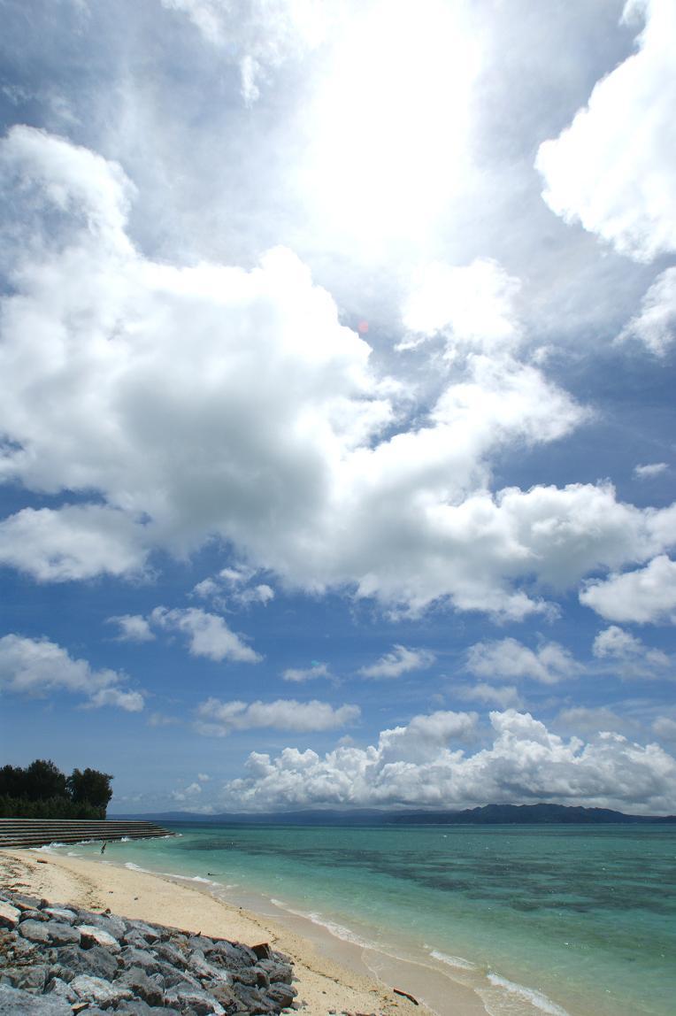 こちら、時々記事にしてる古宇利島です。次回、また古宇利島の記事書きますんでー。