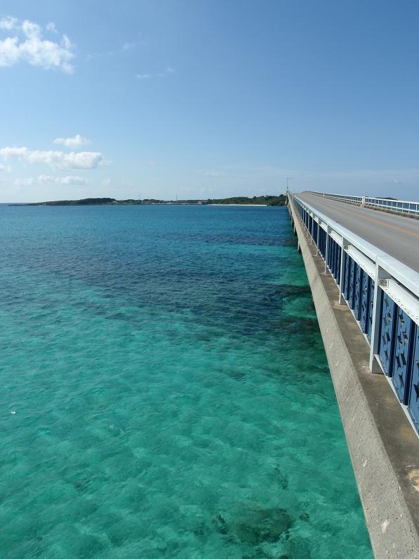 こちらも池間島大橋からですね。